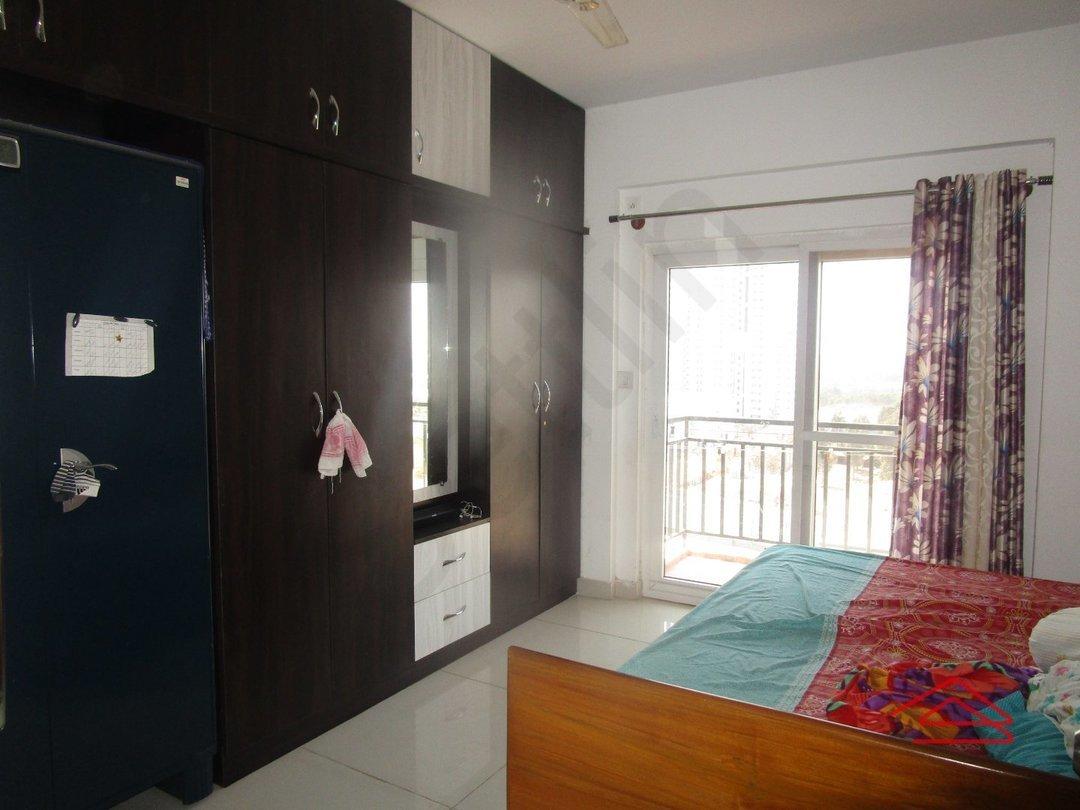 14F2U00492: Bedroom 1