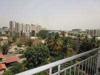 12NBU00200: Balcony 2