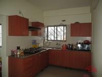 10NBU00373: Kitchen 1