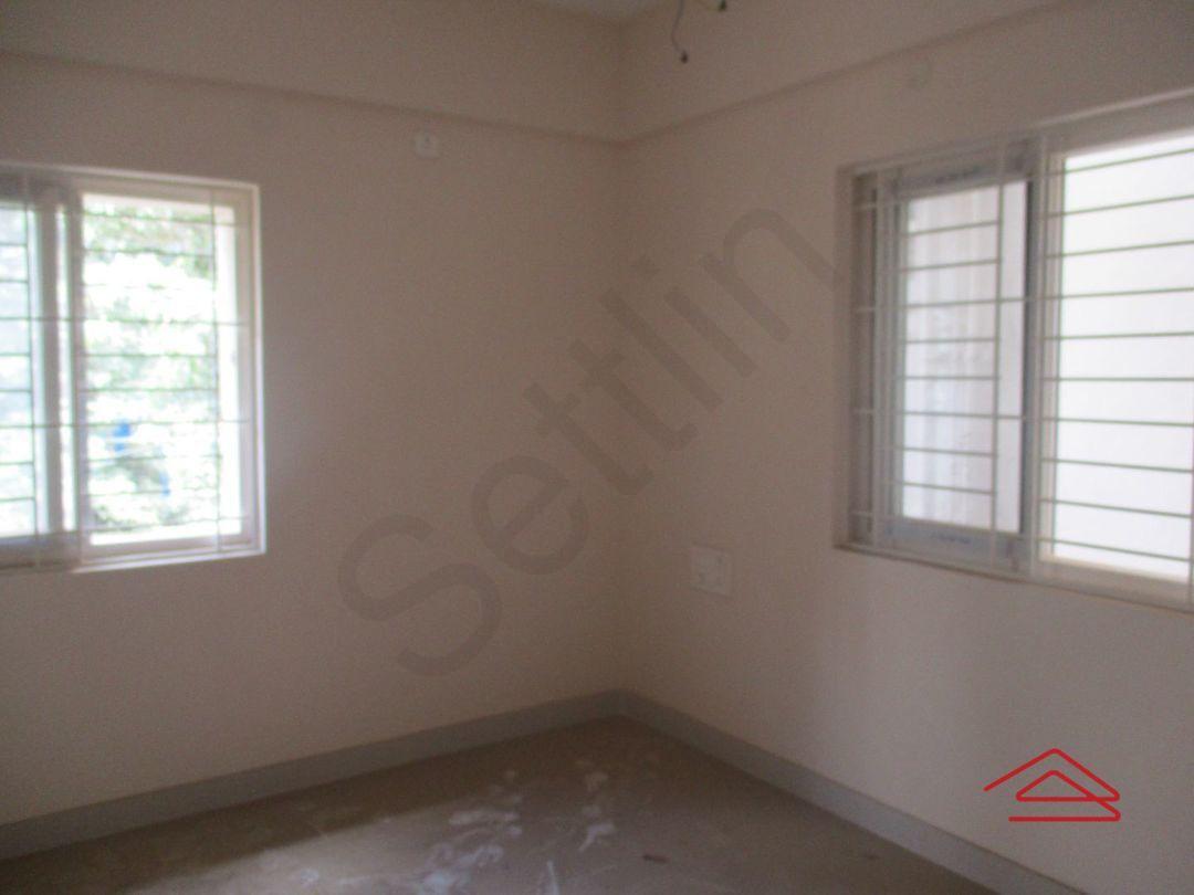 11NBU00765: Bedroom 1