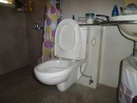 14M3U00103: Bathroom 2