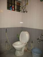 13J1U00240: Bathroom 2
