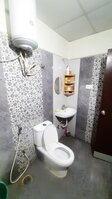 15J6U00006: Bathroom 1