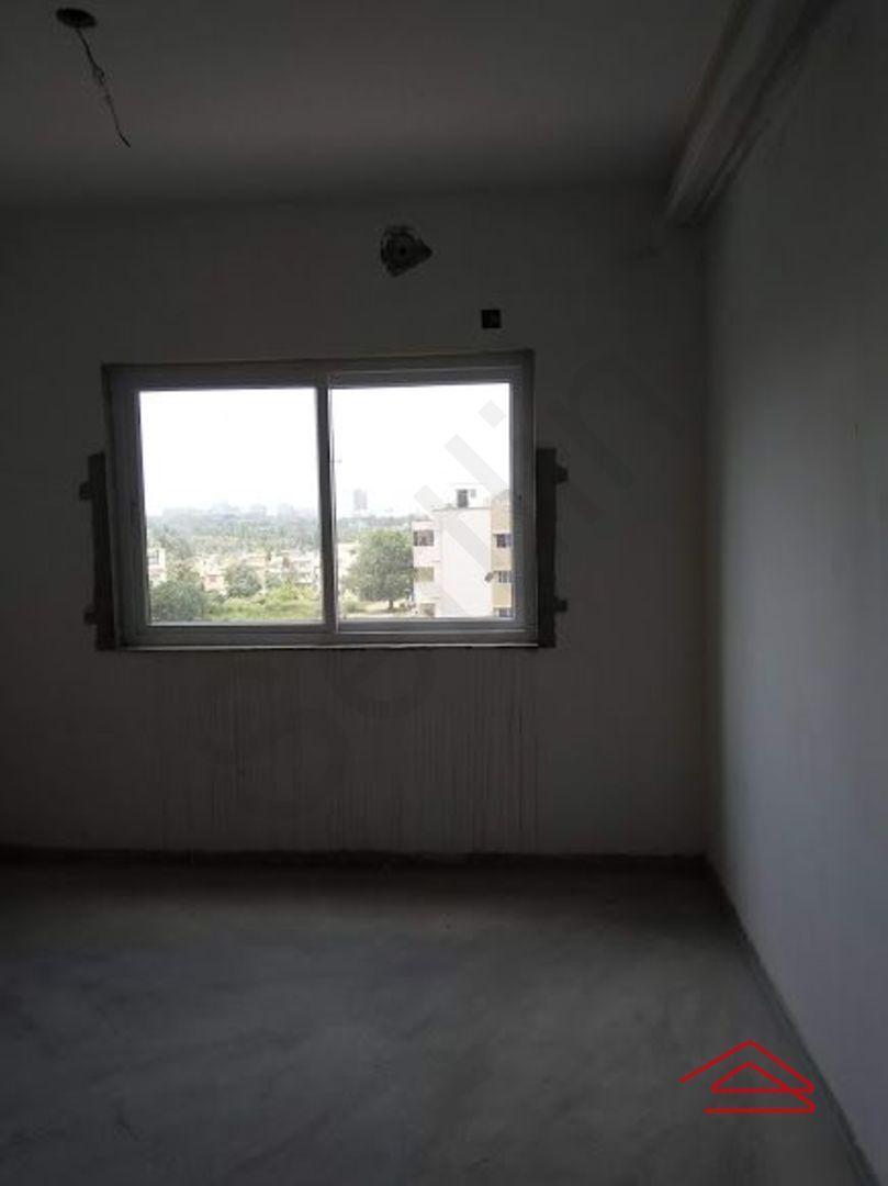 13J1U00099: Bedroom 1