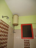 G 06: Bathroom 2