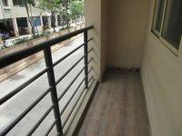 13S9U00104: Balcony 1