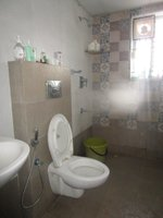 14J1U00240: Bathroom 2