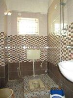 15S9U00207: Bathroom 3