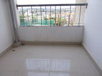 13M5U00520: Balcony 1