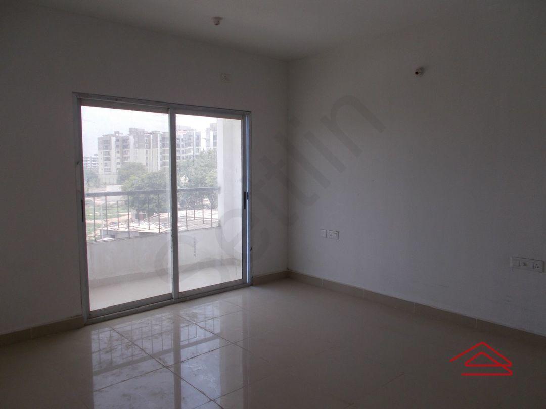 13M5U00520: Bedroom 1
