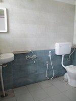 15S9U00926: Bathroom 1