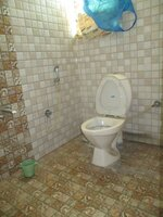 15F2U00066: Bathroom 3