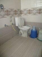 15F2U00066: Bathroom 2