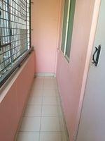 12OAU00113: Balcony 1