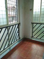 11NBU00020: Balcony 2