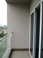 15S9U00326: Balcony 2