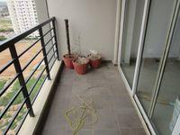 13J7U00033: Balcony 1