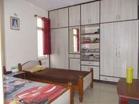 12F2U00014: Bedroom 2