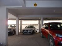 12F2U00014: parking 1