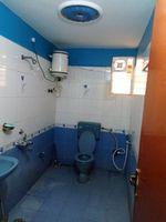 13M3U00347: Bathroom 1
