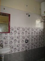 Sub Unit 15J7U00414: bathrooms 1