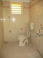 15J7U00132: Bathroom 2