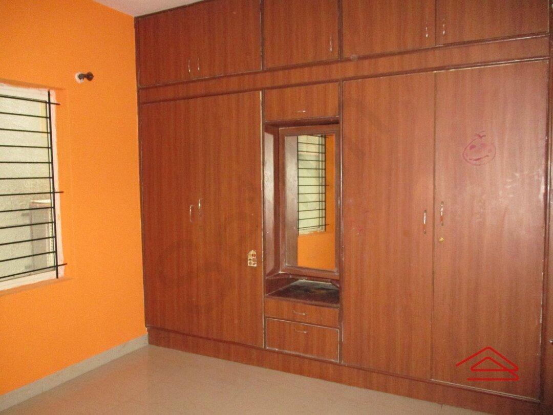 15J7U00132: Bedroom 1