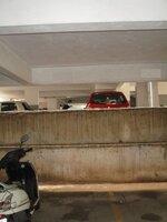 15J7U00132: parkings 1