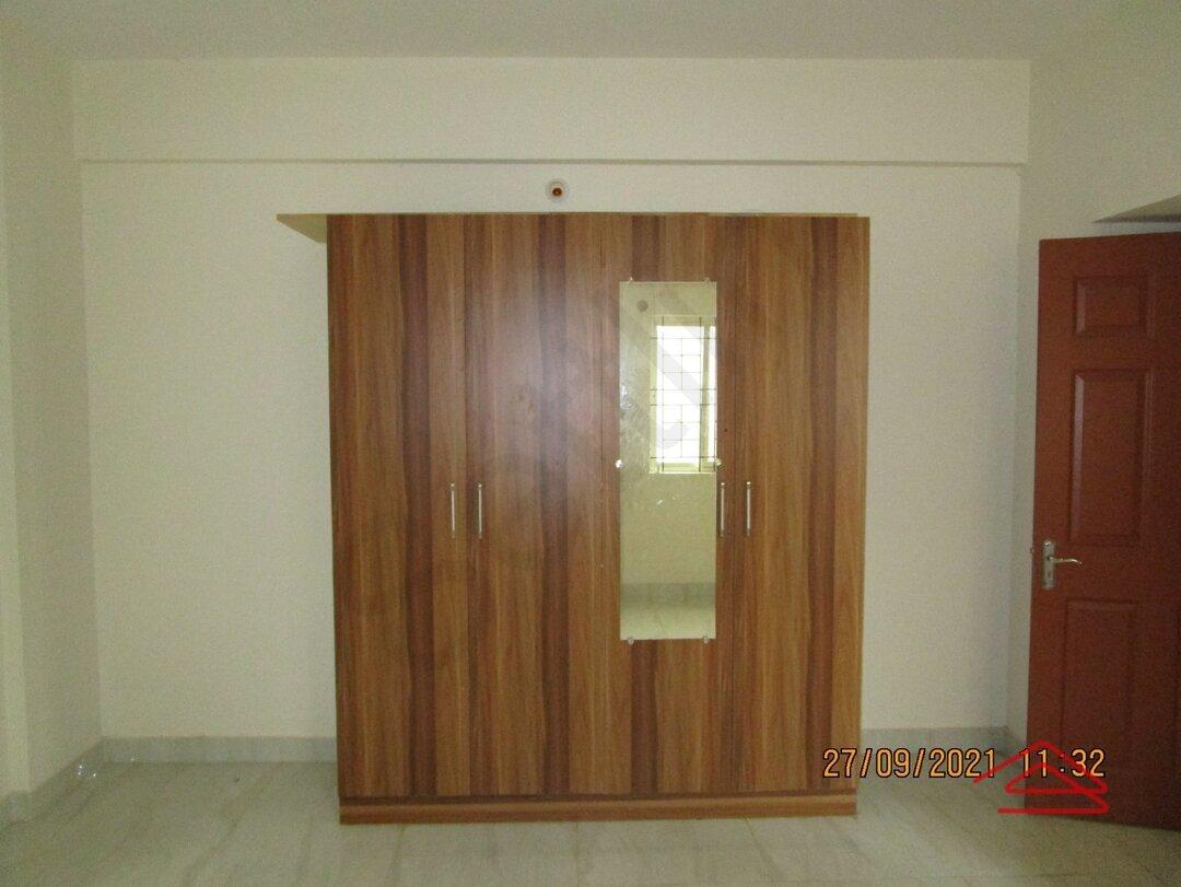 15S9U00741: Bedroom 1