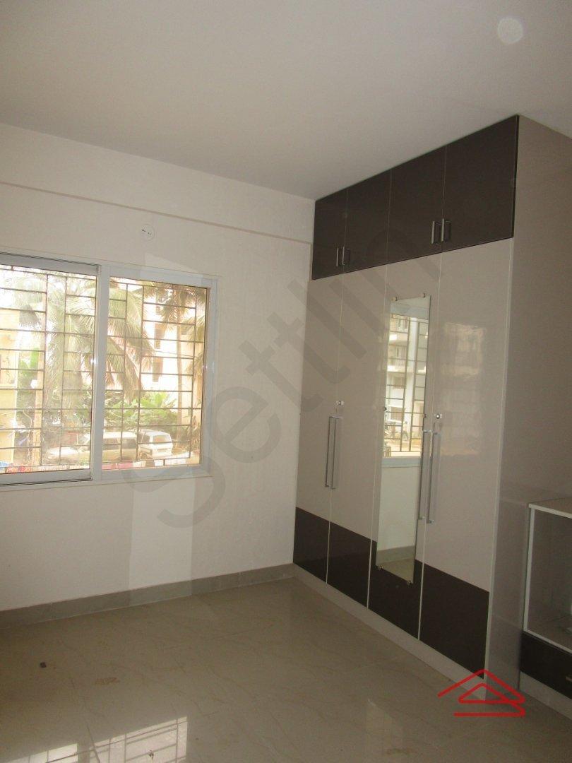 13DCU00403: Bedroom 1