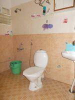 13F2U00173: Bathroom 1