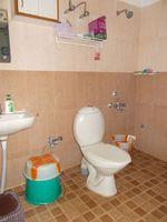13F2U00173: Bathroom 2