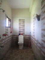 15J7U00620: bathroom 2