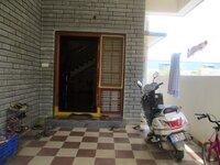 15J7U00620: parkings 1