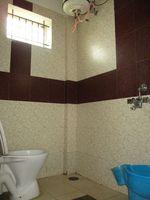 10J6U00337: Bathroom 2