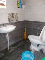 13J1U00171: Bathroom 1
