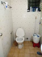 12J6U00038: Bathroom 2