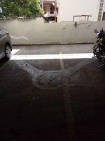 12J6U00038: parking 1