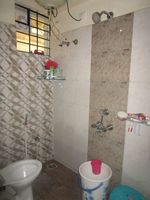 13J7U00218: Bathroom 1