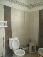 11J7U00174: Bathroom 1