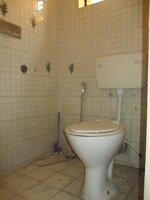 Sub Unit 15OAU00073: bathrooms 1