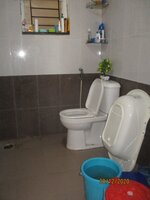 14OAU00004: Bathroom 2