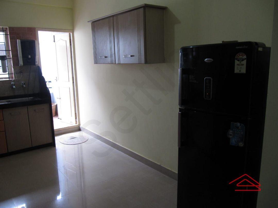 13M3U00103: Bedroom 1