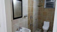 15J1U00061: Bathroom 1