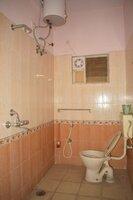 15A4U00252: Bathroom 2
