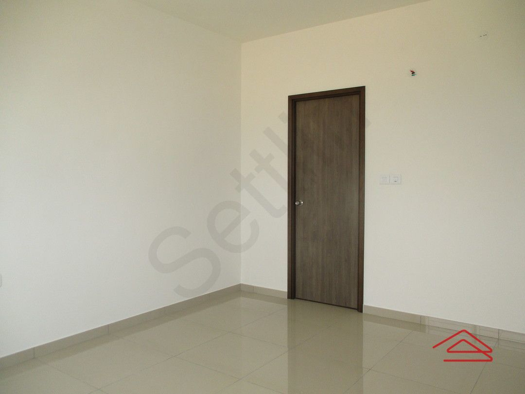 12A8U00202: Bedroom 1