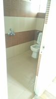 11OAU00068: Bathroom 2