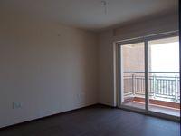13J6U00533: Balcony 1