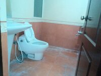 15F2U00063: Bathroom 2