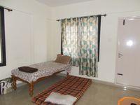 13M3U00324: Bedroom 1